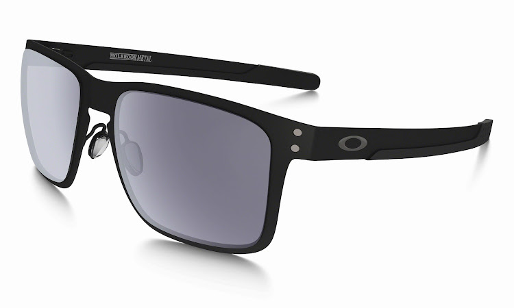 Oakley Holbrook Metal matte black with grey lenses
