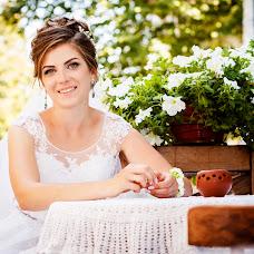 Wedding photographer Dmitriy Guryanov (DArtroom). Photo of 04.10.2017