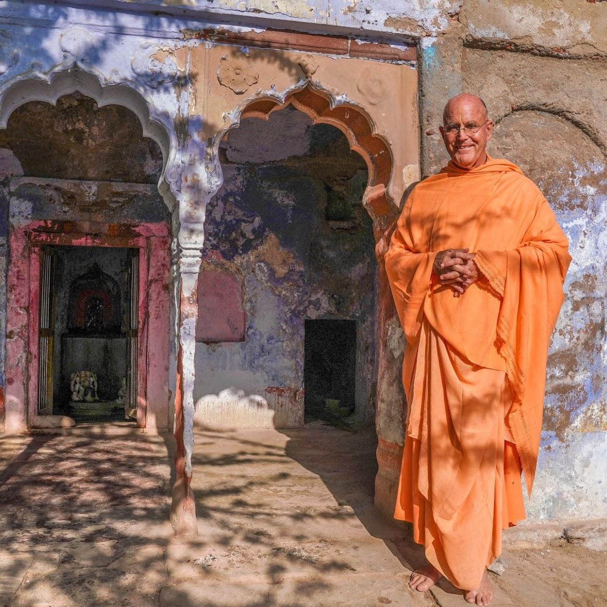 Indradyumna_Swami_Surya_kuna