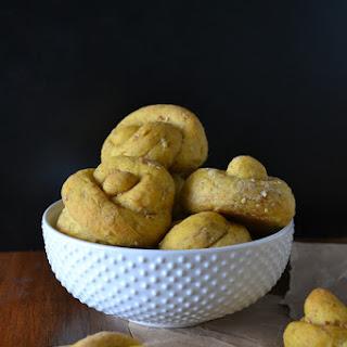Cracked Wheat-Pumpkin Topknots
