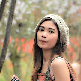 by Koh Chip Whye - People Street & Candids