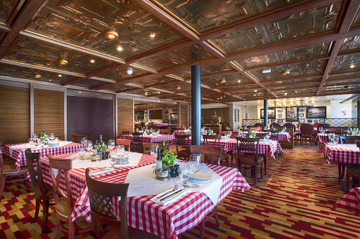 carnival-vista-cucina-delcapitano.jpg - Enjoy family-style Italian dining in Cucina del Capitano on Carnival Vista.