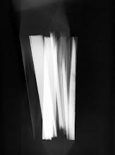 Photo: © Olivier Perrot Photogram Photogramme nb lecture 2000 40x54cm Ref : livre0093A