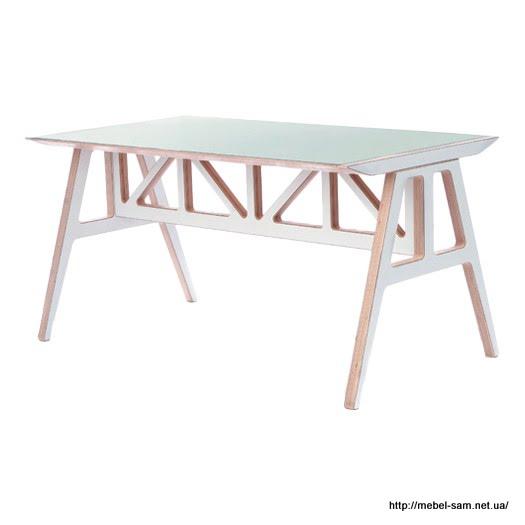 Обеденный стол из фанеры