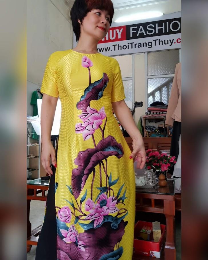 mẫu Áo dài Cách tân hoa sen mới nhất 2019 thời trang thuỷ huế
