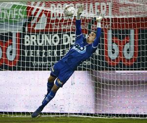 """Prêté par Man U, international U21 avec le Portugal, mais deuxième gardien en Pro League: """"Travailler!"""""""