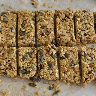 Homemade Healthier Crunchy Granola Bars