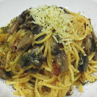 Spaghetti alla Salted Egg Yolk Carbonara