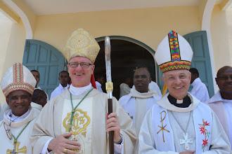 Photo: Mgr Désiré, Mgr Nugent et Mgr Legrez