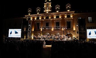 La OCAL trae a The Beatles a la Plaza Vieja