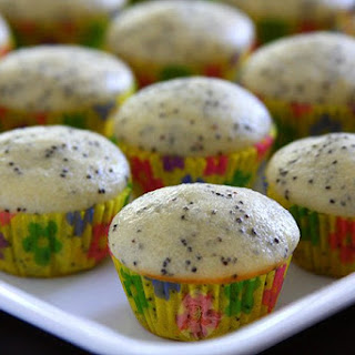 Vegan Lemon Poppy Seeds Mini Muffin