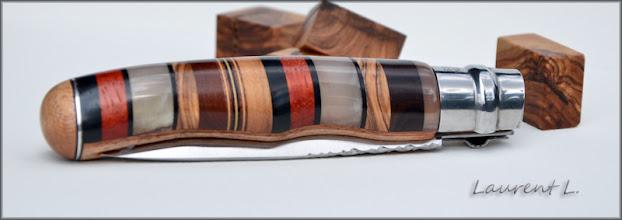 Photo: Opinel custom n°119 http://opinel-passions-bois.blogspot.fr/ Personnalisations en marquèterie de bois précieux, cornes, résines et aluminium du couteau pliant de poche de la célèbre marque Savoyarde Opinel.
