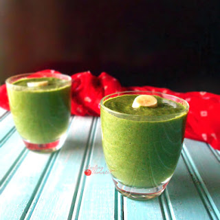 Spinach Smoothie with Weight Watchers Endorsed Products.