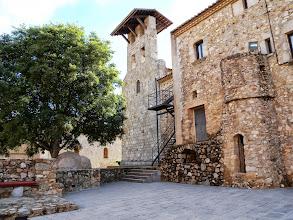 Photo: Placette au coeur du village antique