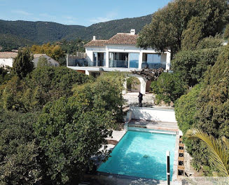 villa à Le Lavandou (83)
