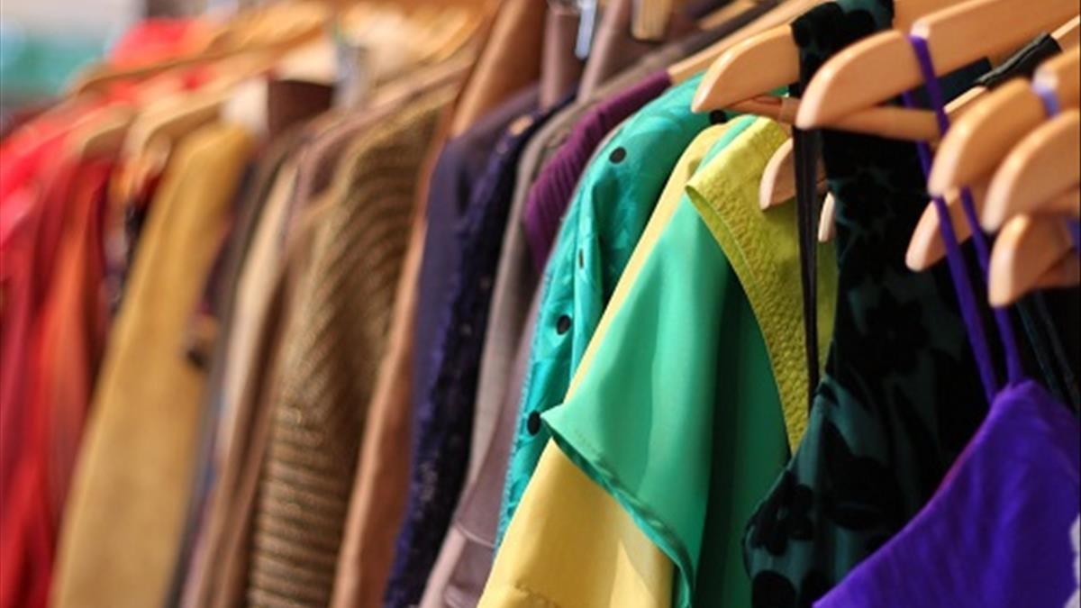 Nằm mơ thấy quần áo và những thông điệp bạn nên lưu ý