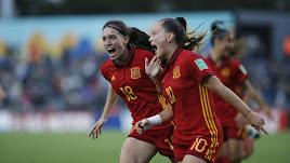 Las españolas celebran uno de los goles.