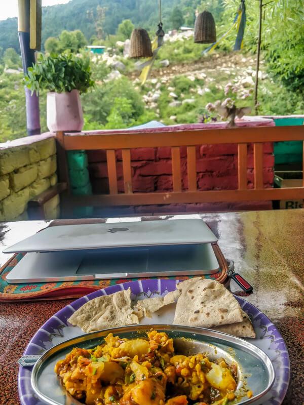aloo+gobhi+roja+cafe+bhagsunag+village+himachal+india