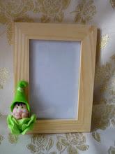 Photo: Cornice semplice in legno codice COR166