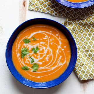 Slow Cooker 5-Ingredient Thai Curry Butternut Squash Soup