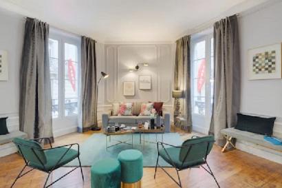 Rue la Boétie Serviced Apartment