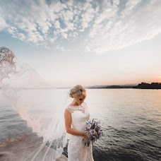 Wedding photographer Tatyana Cvetkova (CVphoto). Photo of 20.04.2017
