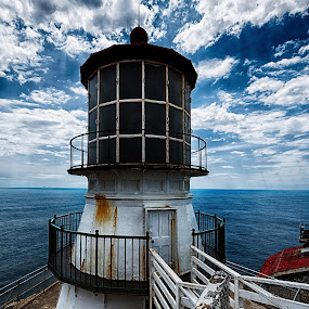Pt Reyes Lighthouse by Craig Turner - Buildings & Architecture Other Exteriors ( lighthouse, pacific, west coast, ocean, pt reyes )
