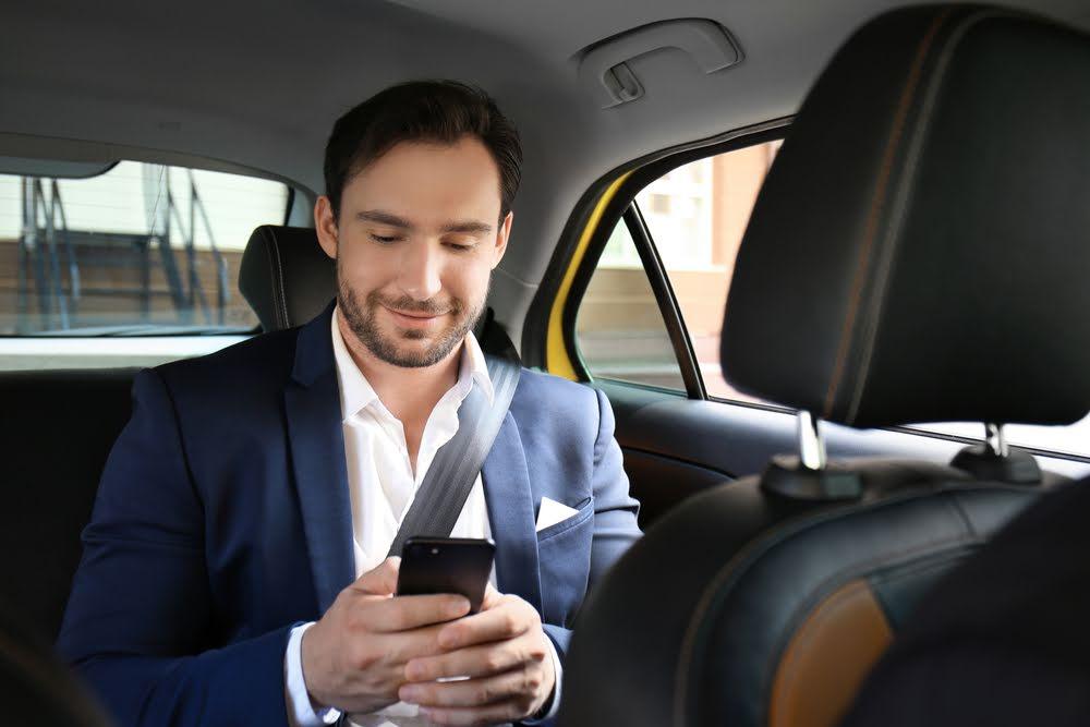 Ceremoniewagen taxi Deurne - vervoer