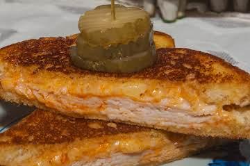 Sandwich Essential: Buffalo Chicken Grilled Cheese