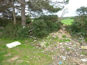 Photo: Abocaments ja antics al camí que va a parar a la carretera de Sant Jaume Mediterrani (Alaior)
