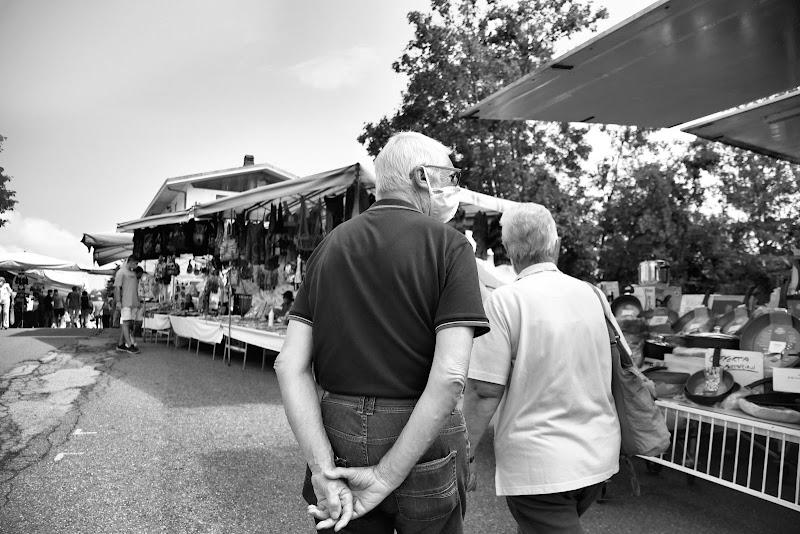 un mercato dopo l'altro...insieme di luca_pavione