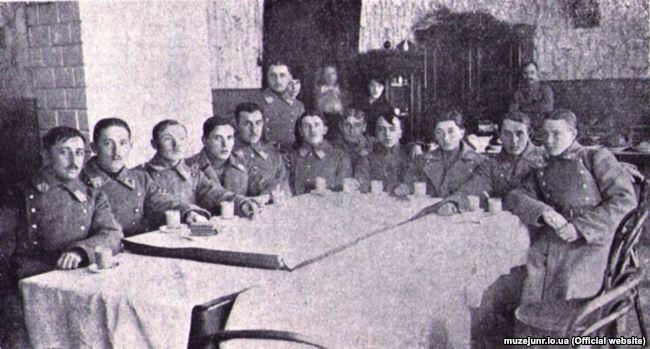 Група січових стрільців із Залізної бригади, яка охороняла уряд при виїзді з Києва до Житомира 25 січня 1918 року