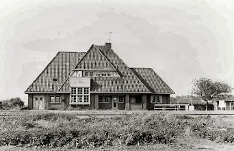 Photo: Stationshuis