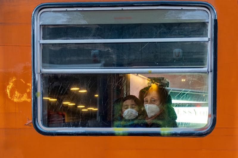 Dal finestrino di un tram di Concetta Caracciolo