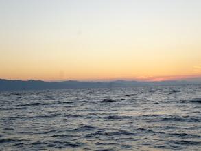 Photo: さあー!半日ジギング午前の部 スタートです! 日の出が遅いから釣る時間も短ーい! ガンバッていきましょう!