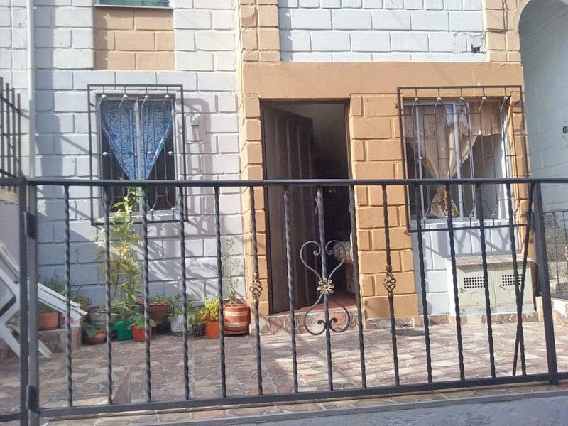 casas en venta robledo 679-23851