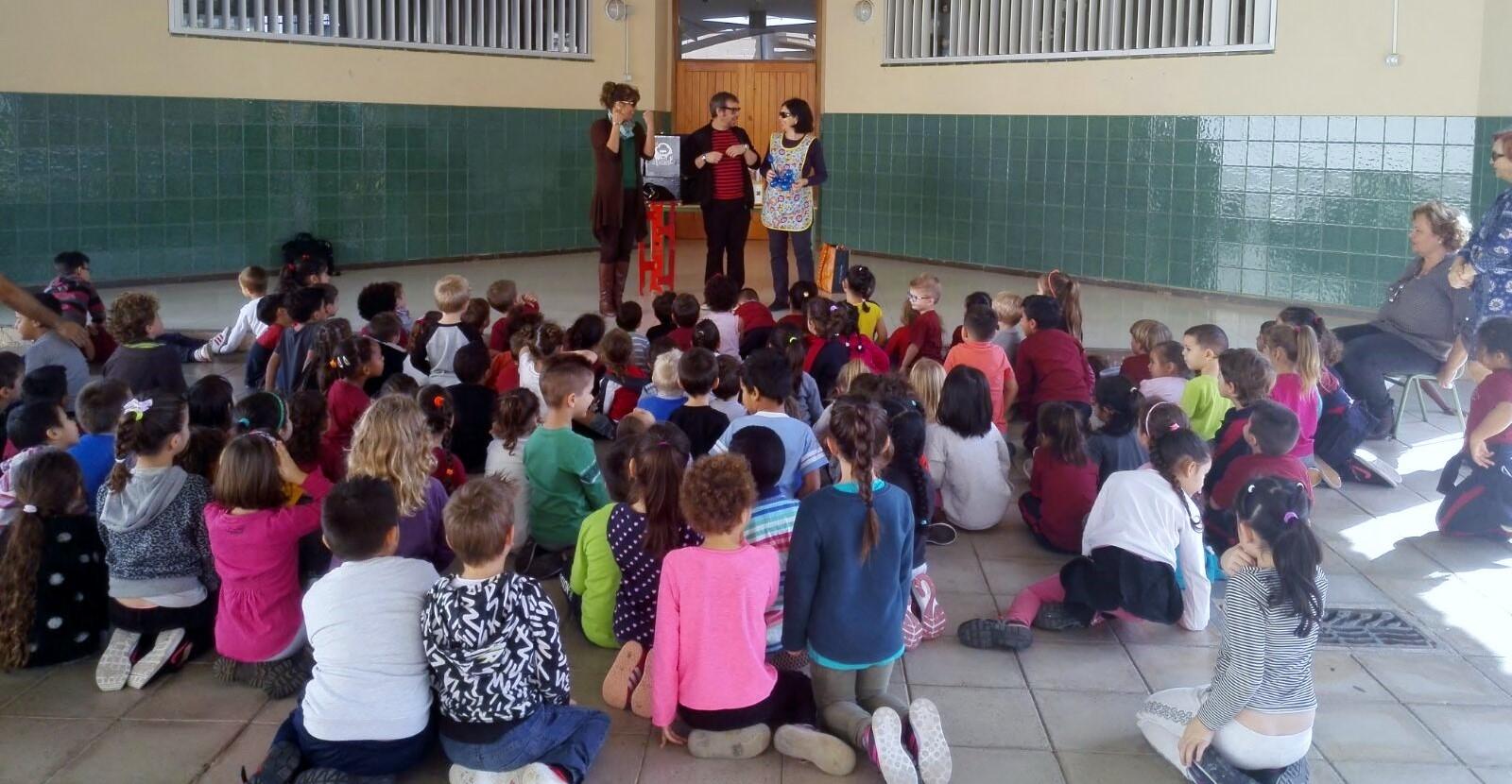 La magia de los libros y los cuentos para colegios en Canarias 2017