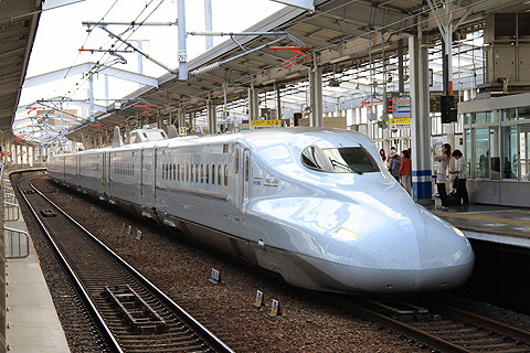 山陽・九州新幹線「さくら566号」N700系7000番台