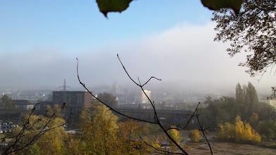 Photo: Die Eckeseyer Brücke im Morgendunst. Links das Umspannwerk, rechts dahinter die Kirche an der Altenhagener Straße.