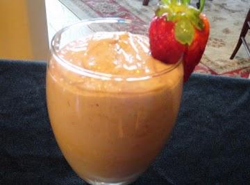Avocado Strawberry Smoothie Recipe