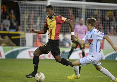 KV Mechelen test een Australische doelman