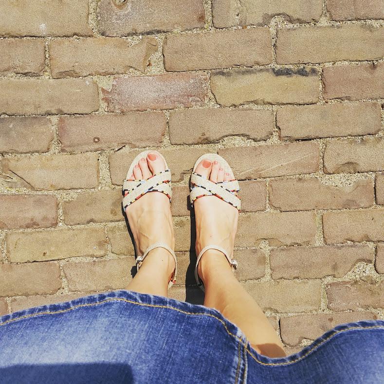 summer to do list nieuwe zomerschoenen kopen toms