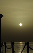 Photo: Sunrise / Sonnenaufgang an der Red See Datum und Uhrzeit (Original)2010:03:09 06:17:37  PENTAX K20D ISO 100 Belichtung 1/1000 Sek. Blende f/11.0 Brennweite 100mm