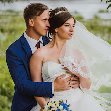 Wedding photographer Ulyana Titova (TitovaUlyana). Photo of 15.08.2017