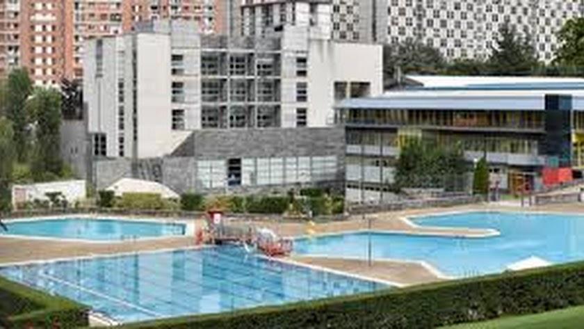 Las piscinas de comunidades de vecinos ya pueden abrir desde la fase 2 de desescalada.
