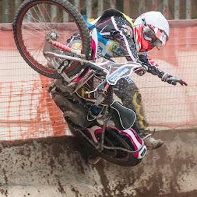 Deek bites the dust by Al Goold - Sports & Fitness Other Sports