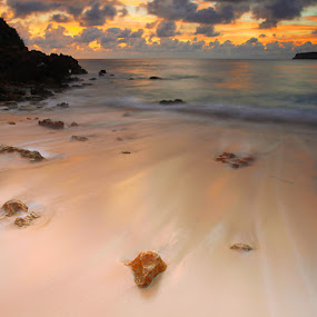 by Wb Wilapa - Landscapes Waterscapes