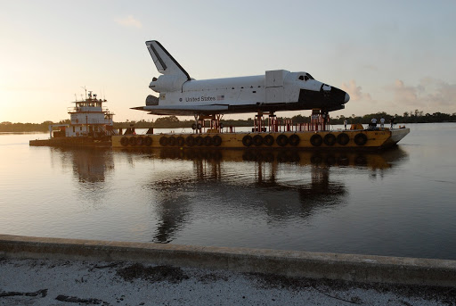 Shuttle Replica Preparations for Barge Departure.