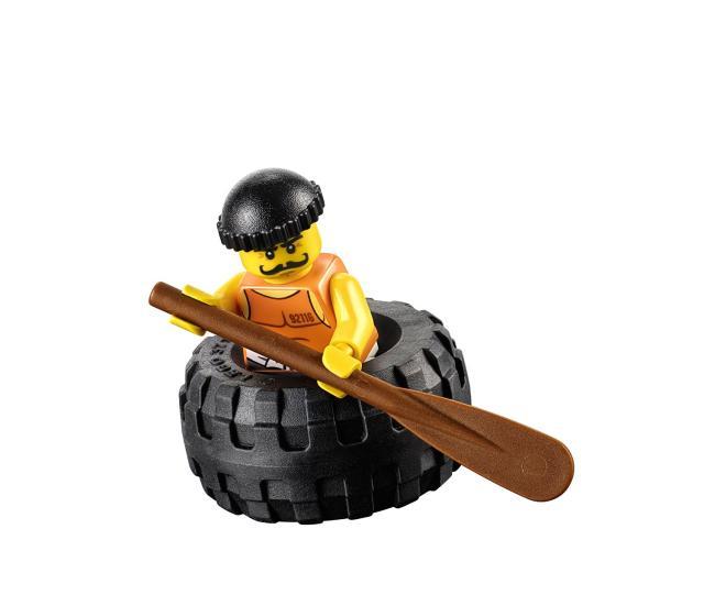 Tên trộm đang chạy trốn trong Lego City 60126 Truy đuổi tội phạm