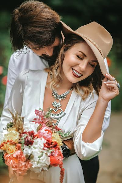Wedding photographer Oleg Mayer (mayer). Photo of 10.05.2019